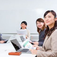 総務グループでのアシスタント事務/TEL少なめ/OJTあり